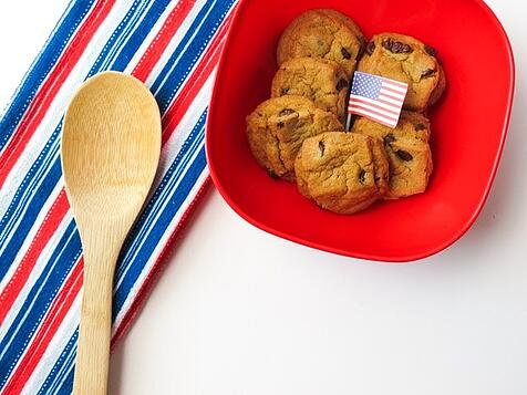 cookies with flag and patriotic napkin